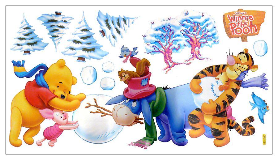 Samolepka na zeď Medvídek Pú a zima 30 x 60 cm