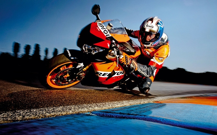 Plakát - Motorkář